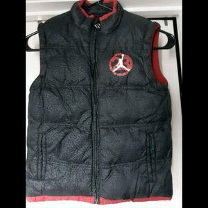 9ef29e7dff9c71 Jordan Puffer Vest Jacket.. Black..Boys Size 8.